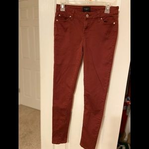 Fairly used Burgundy Mid-rise Skinny Jeans